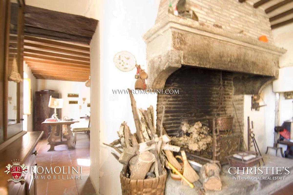 Sansepolcro rustico da restaurare in vendita for Vendita mobili da restaurare